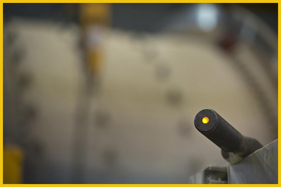 iBolt-Yellow-light